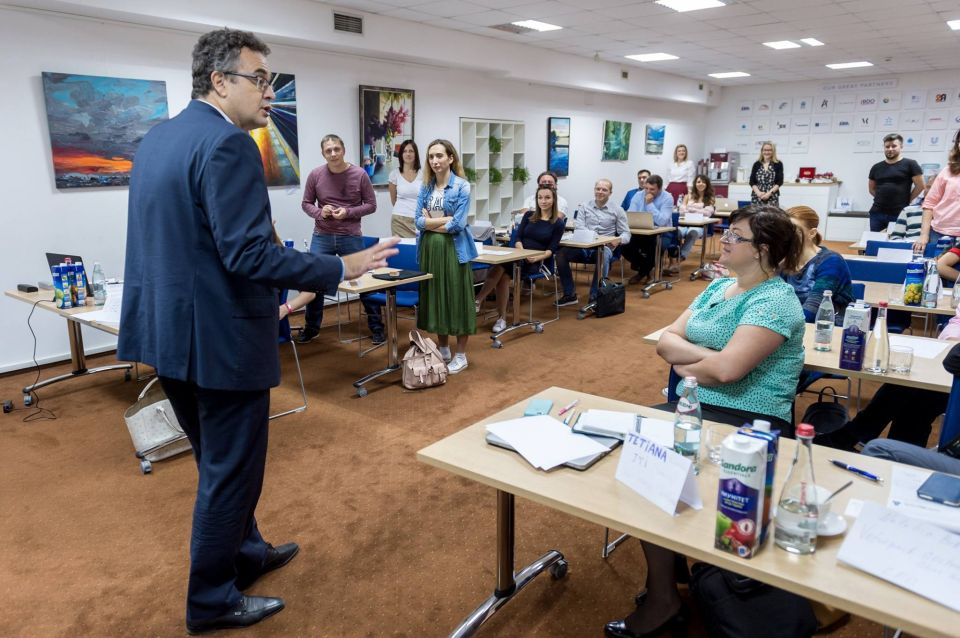 Dr Szamosi delivers fourth module of the Programme for Management Development in Kyiv